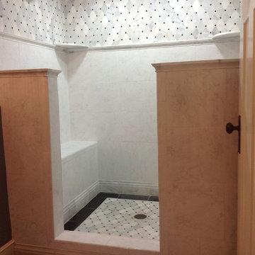 Doorless Carrara Marble Shower