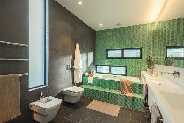 Contemporary Bathroom by Niche Architecture