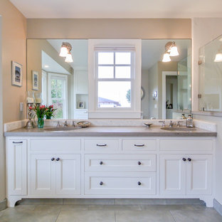 Double Vanity Sink in Master Bathroom