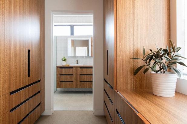 Современный Ванная комната by Sam Crawford Architects