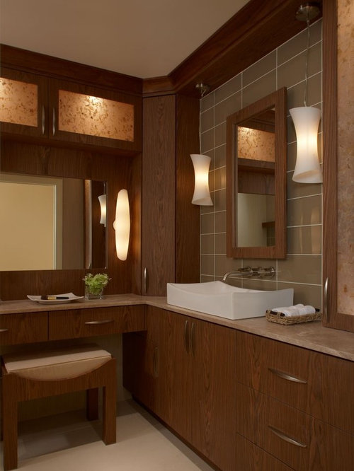 Best l shaped bathroom design ideas remodel pictures houzz for L shaped master bathroom layout