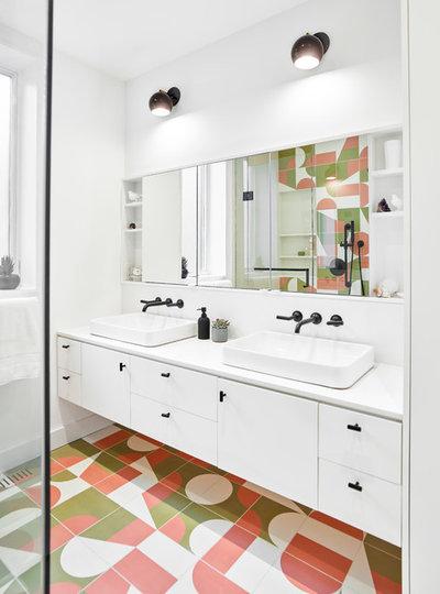Contemporary Bathroom by Kinswater Construction Inc.
