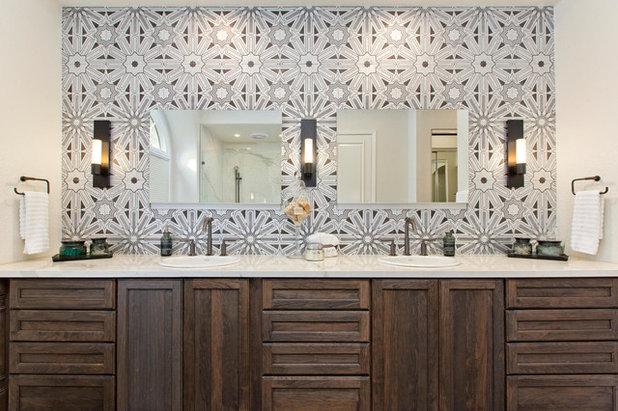 Bathroom by Signature Designs Kitchen & Bath
