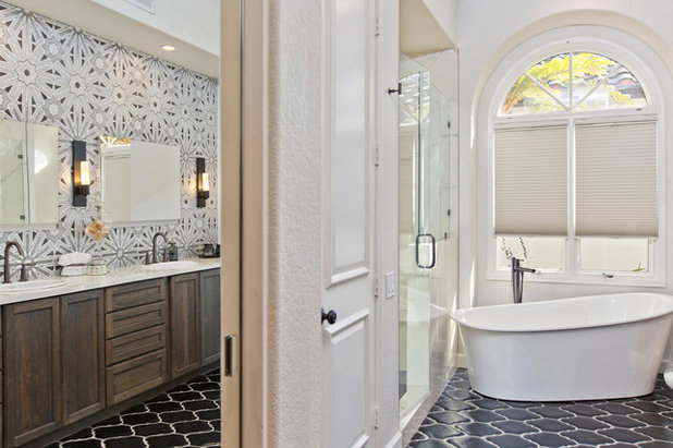 Room of the Day: Art Deco Tile Dazzles in a Master Bathroom