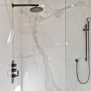 Dramatic Style Master Bathroom