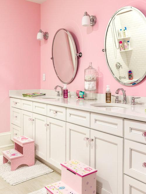 Traditional pink and orange bathroom design ideas for Pink and orange bathroom ideas