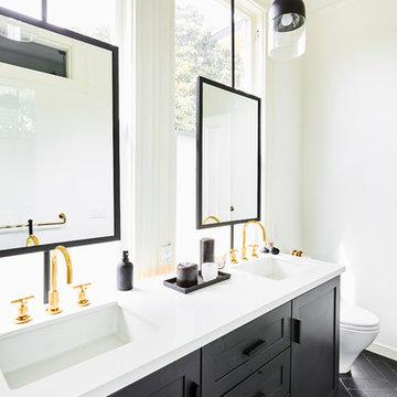 Duboce Triangle Flat - Master Bathroom