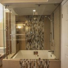 Contemporary Bathroom by San Diego Select Inc., dba Select Builders