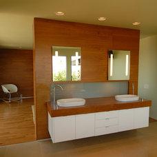Modern Bathroom by Make Architecture