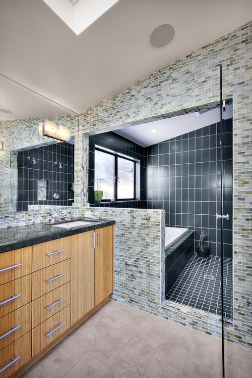 Pros And Cons On A Wet Room Style Tub Shower