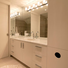Contemporary Bathroom by Ingersoll Architect, PLLC