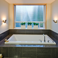 Contemporary Bathroom by Jenesys Buildings