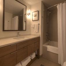 Contemporary Bathroom by E CUMMINGS ARCHITECT PC