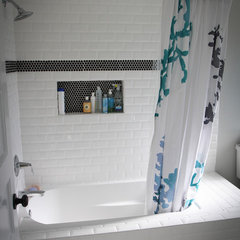 traditional bathroom by SOD BUILDERS, INC.
