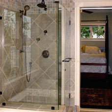 Traditional Bathroom by The Avenue Builders