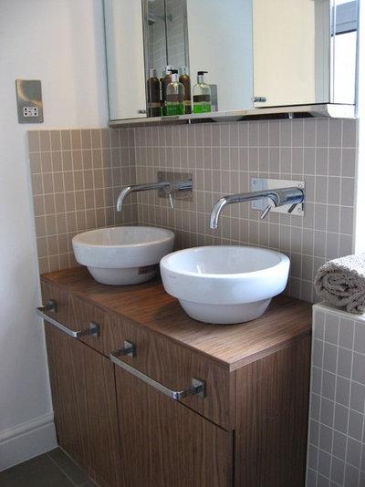 Contemporary Bathroom East Duwich Shop Conversion into a 3 bedroom home