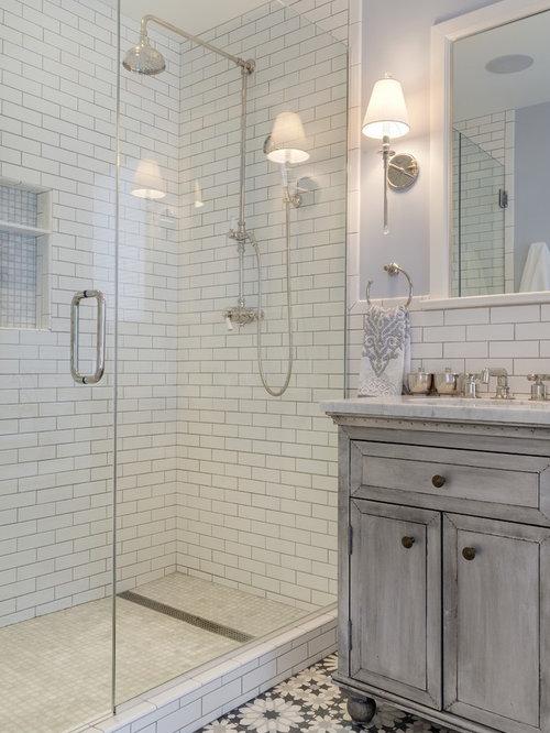 badezimmer mit duschnische und lila wandfarbe ideen design bilder houzz. Black Bedroom Furniture Sets. Home Design Ideas