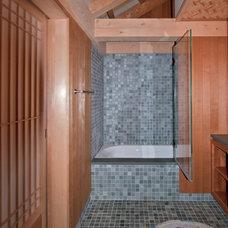 Asian Bathroom by G. Steuart Gray AIA