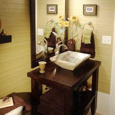 Traditional Bathroom by Hixon Interiors, Inc.