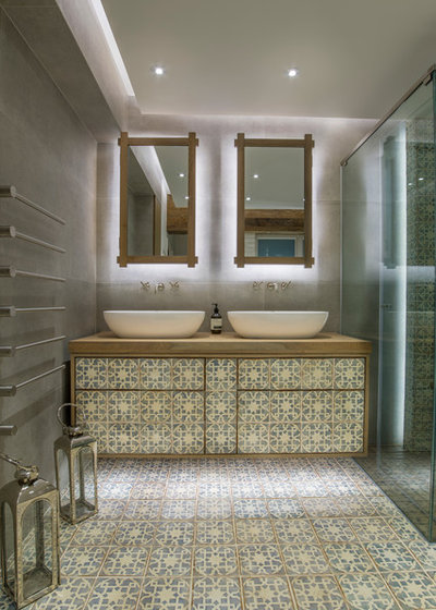contemporaneo stanza da bagno by liquid interiors limited