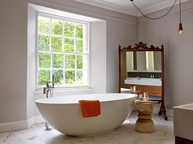 Asian Bathroom by SAPPHIRE SPACES l bulthaup Exeter