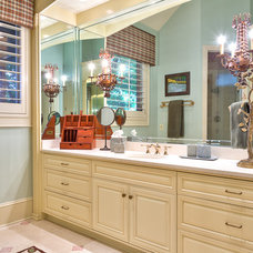 Rustic Bathroom by Dianne Davant and Associates