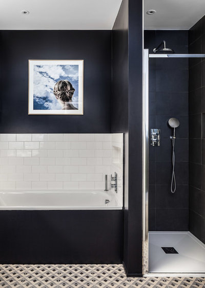 Contemporary Bathroom by EMR Architecture