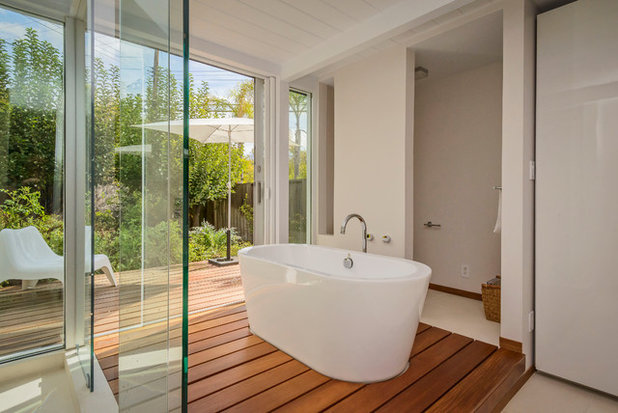 Midcentury Bathroom by helena barrios vincent aia leed ap