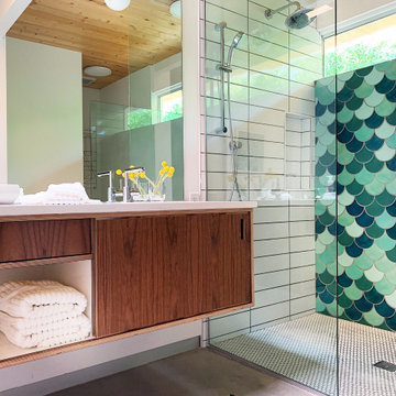 Eichler Palms Fish Scale Shower Wall