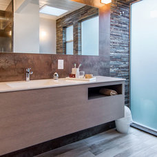 Midcentury Bathroom by Bill Fry Construction - Wm. H. Fry Const. Co.