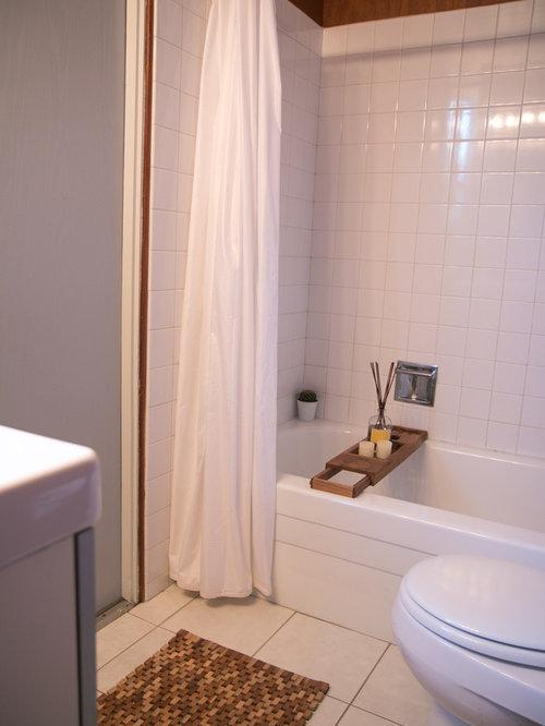 Salles de bains et wc r tro avec un placard porte vitr e photos et id es - Baignoire avec porte vitree ...