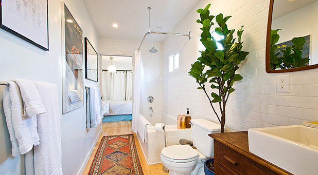 Modern Badezimmer by Electric Bowery