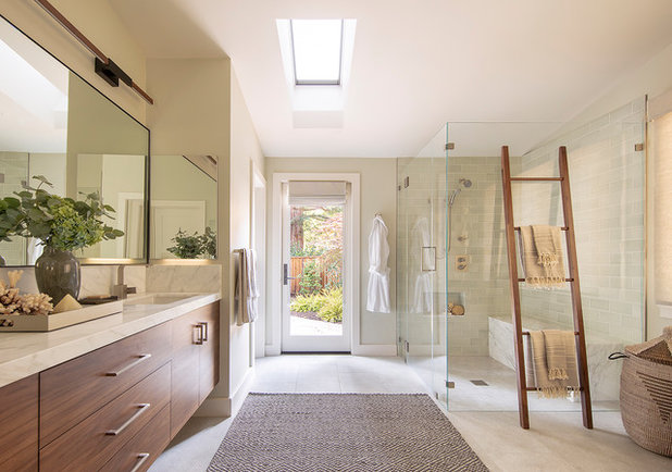 Contemporary Bathroom by Mascheroni Construction