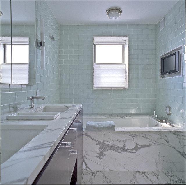 bathroom by Studio ST Architects, P.C.