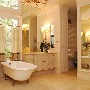 Inspiration for a timeless claw-foot bathtub remodel in Austin