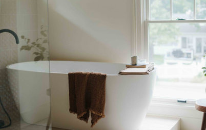 Bathroom of the Week: Dated Bath Becomes a Calm Retreat