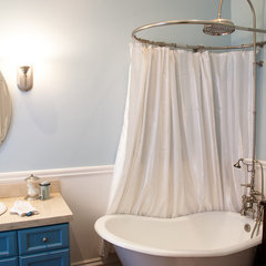 eclectic bathroom by Architect Mason Kirby Inc.