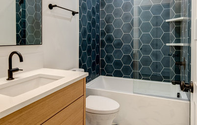 New This Week: 6 Bathrooms That Rock a Shower-Tub Combo