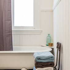 Traditional Bathroom by Floriana Interiors