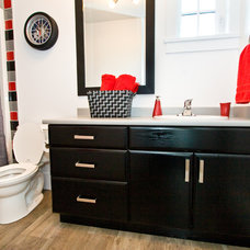 Traditional Bathroom by Starline Cabinets