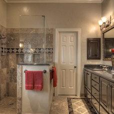 Traditional Bathroom by Virtuoso Builders