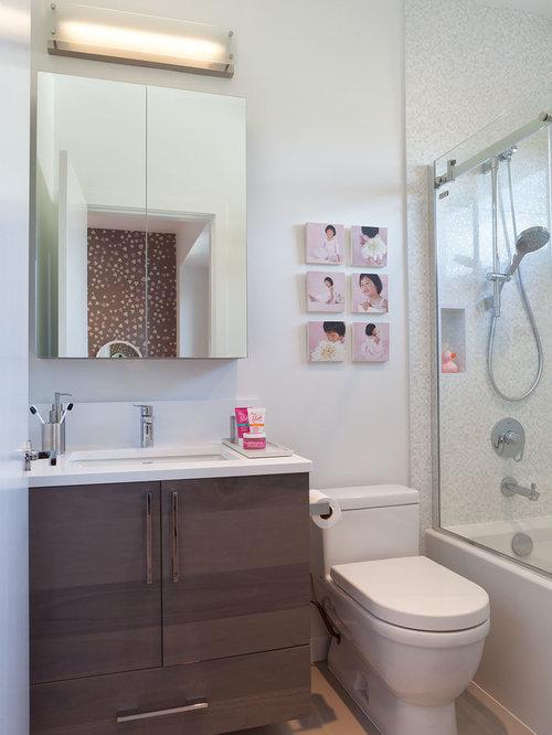Small Contemporary Family Bathroom Design Ideas Renovations Photos
