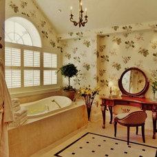 Traditional Bathroom by Delier & Delier