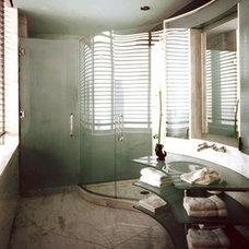 Modern Bathroom by EM design group