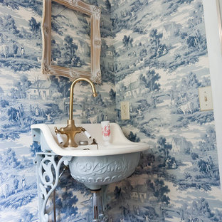 Inspiration for a traditional bathroom in Nashville with a wall-mount sink.