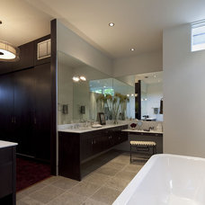 Contemporary Bathroom by Jay Corder, Architect