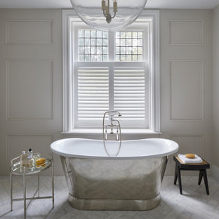 Inspiration for a classic bathroom in Hertfordshire.