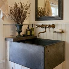 Farmhouse Bathroom by Houses & Barns by John Libby