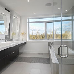 contemporary bathroom by Habitat Studio & Workshop