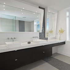 contemporary bathroom by Habitat Studio